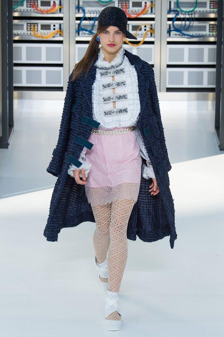 Chanel весна-лето 2017 фото №57
