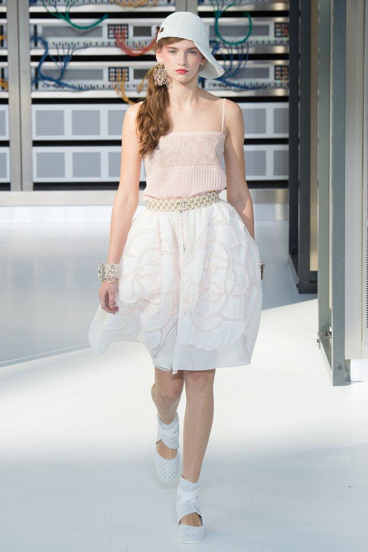 Chanel весна-лето 2017 фото №84