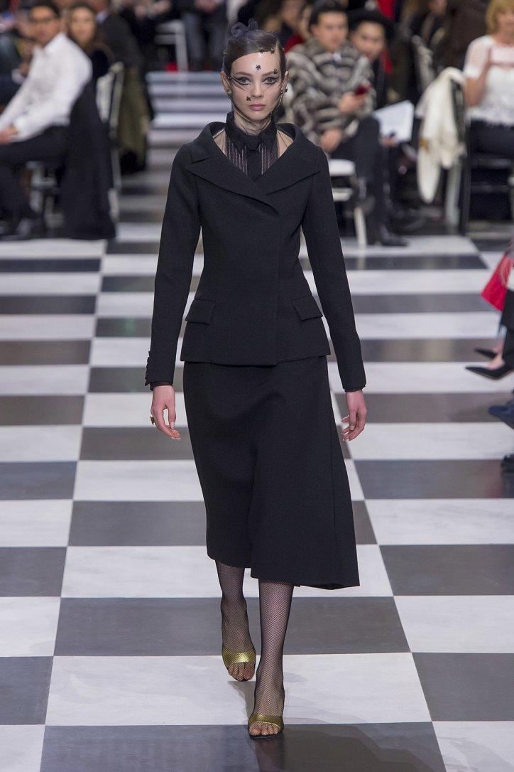 Christian Dior Haute Couture весна-лето 2018 фото №5