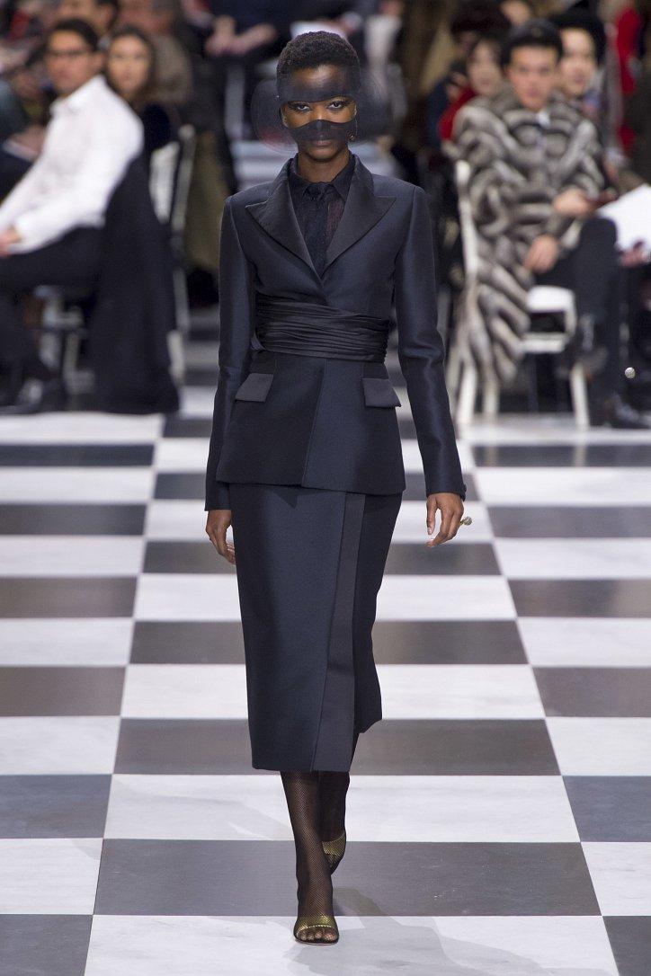 Christian Dior Haute Couture весна-лето 2018 фото №7