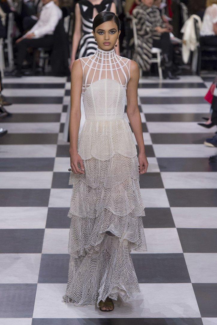 Christian Dior Haute Couture весна-лето 2018 фото №14