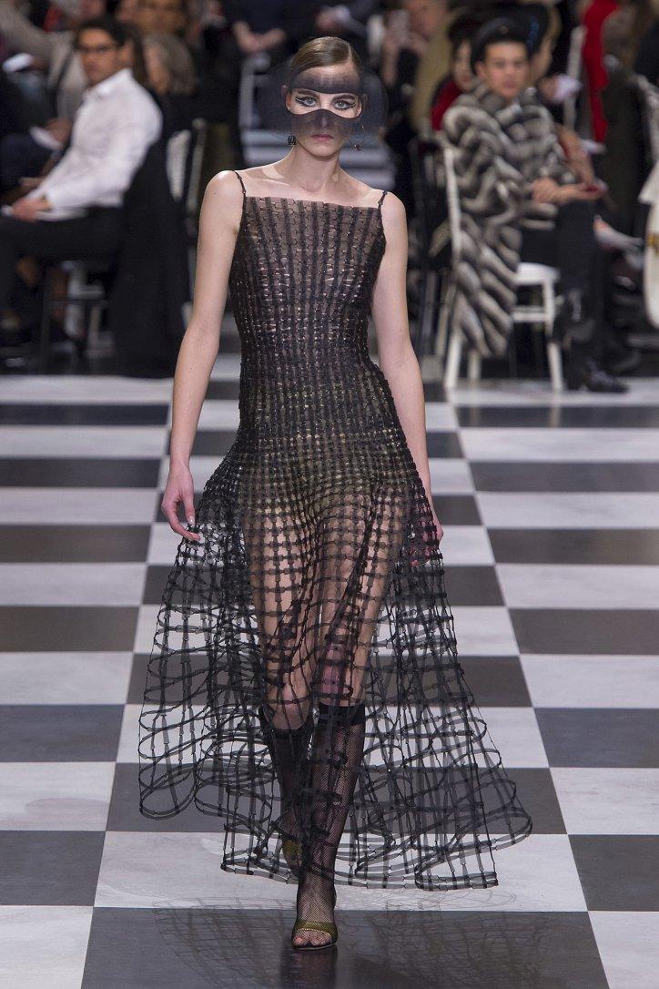 Christian Dior Haute Couture весна-лето 2018 фото №18