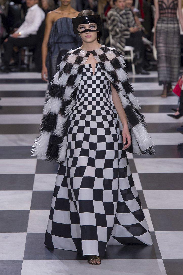Christian Dior Haute Couture весна-лето 2018 фото №19