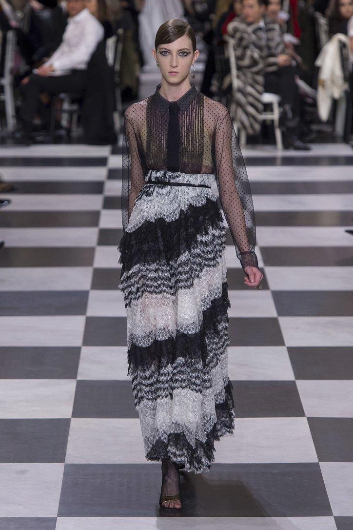 Christian Dior Haute Couture весна-лето 2018 фото №21