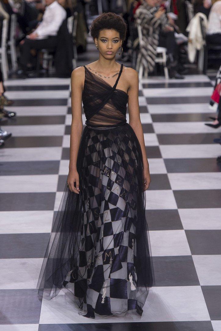 Christian Dior Haute Couture весна-лето 2018 фото №22