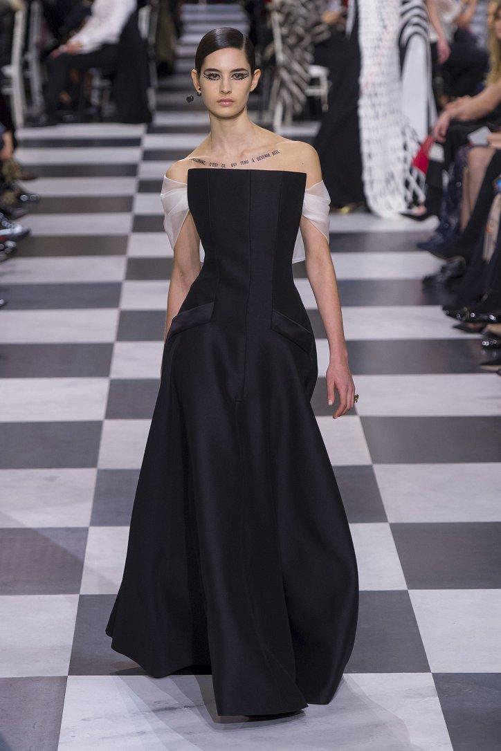 Christian Dior Haute Couture весна-лето 2018 фото №24