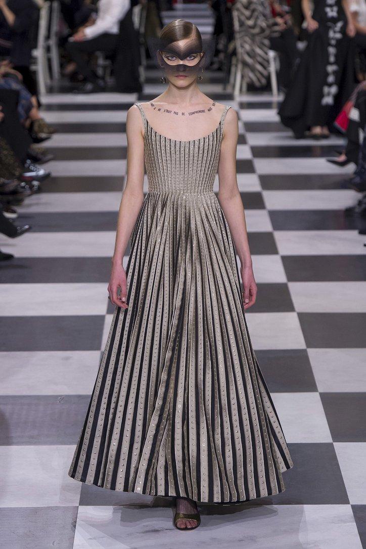 Christian Dior Haute Couture весна-лето 2018 фото №38