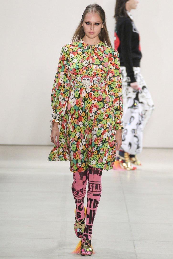 Цветные колготки - модный хит будущей весны фото №10