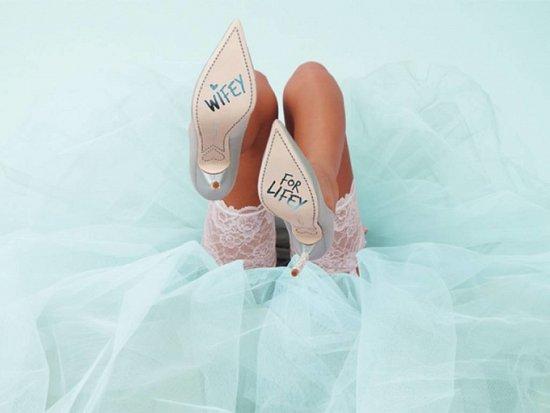 Дебютная коллекция свадебной обуви Sophia Webster фото №21