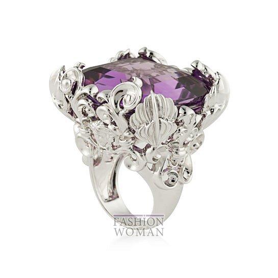 Дебютная коллекция ювелирных украшений Versace   фото №6