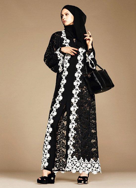 Dolce & Gabbana дебютирует с линейкой хиджабов и абай