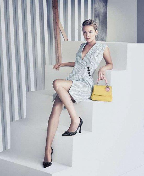 Дженнифер Лоуренс в рекламной кампании сумок Be Dior весна 2015 фото №3