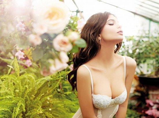 Эмили Ратажковски в рекламе нижнего белья Yamamay весна-лето 2015 фото №3