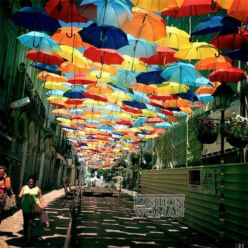 Фестиваль зонтиков в Португалии фото №1