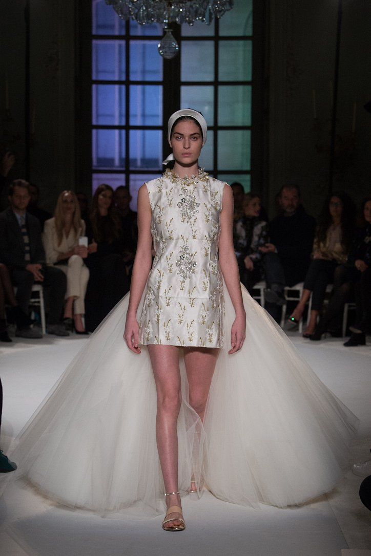 Giambattista Valli Haute Couture весна 2017 фото №15