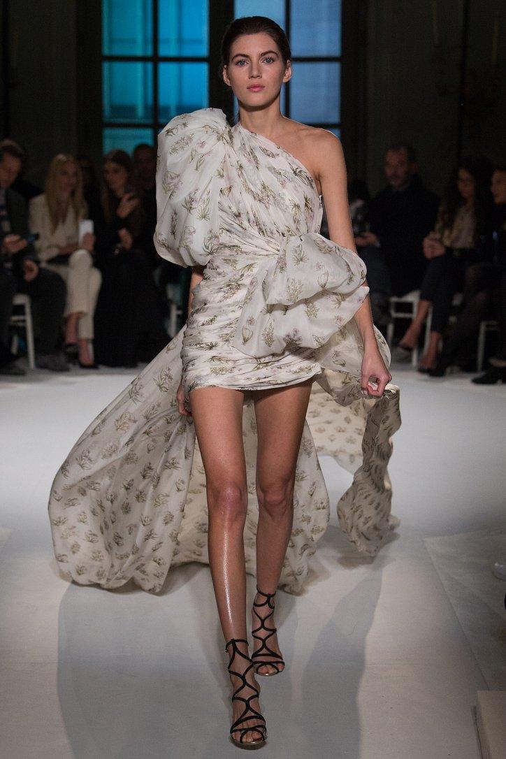 Giambattista Valli Haute Couture весна 2017 фото №18