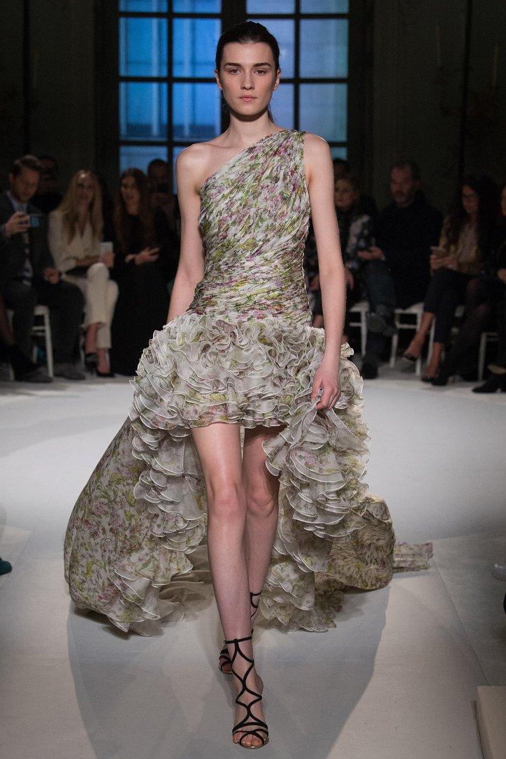 Giambattista Valli Haute Couture весна 2017 фото №19