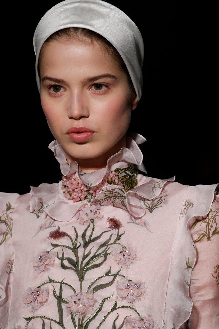 Giambattista Valli Haute Couture весна 2017 фото №48