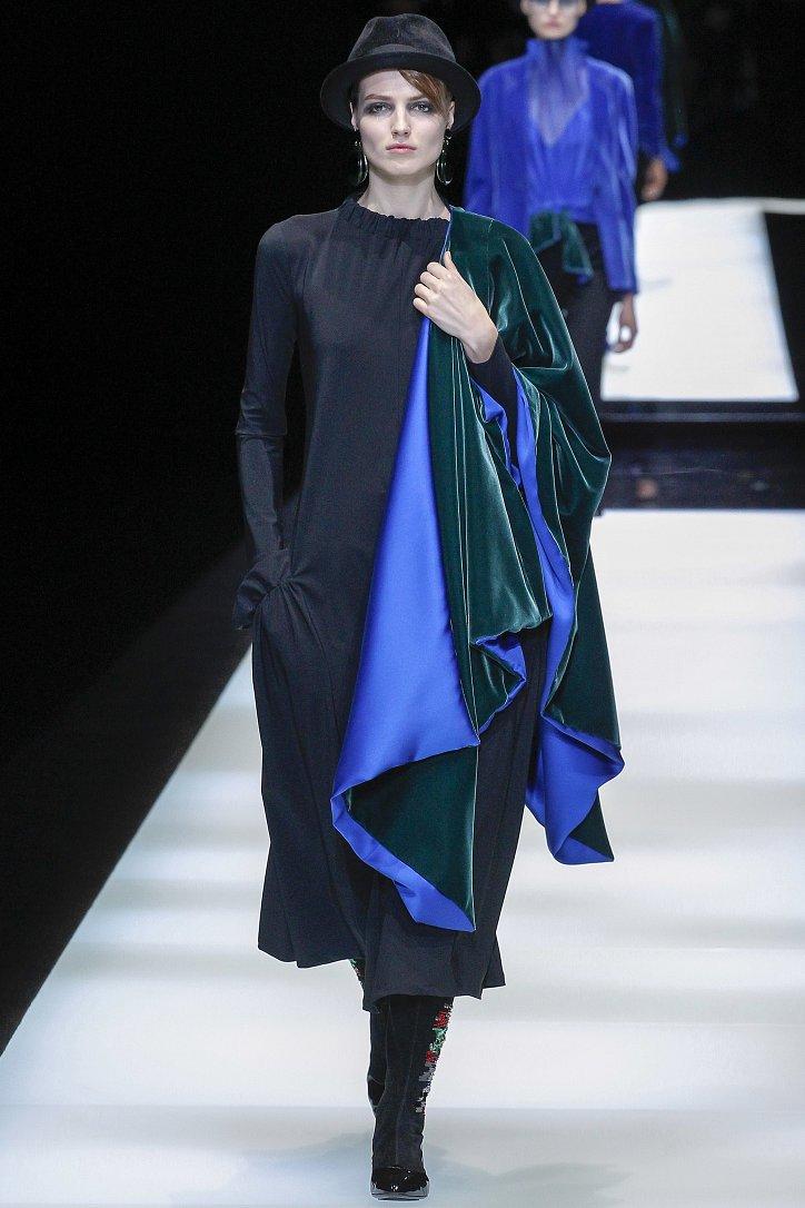 Giorgio Armani осень-зима 2017-2018 фото №33