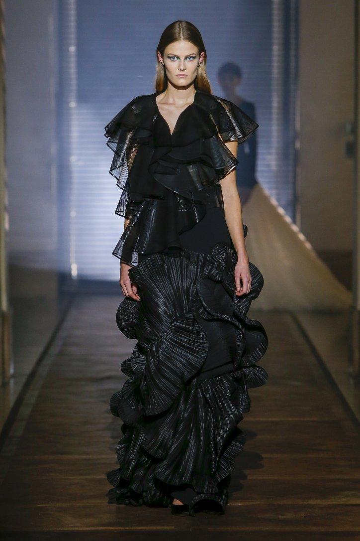 Givenchy Haute Couture весна-лето 2018 фото №11