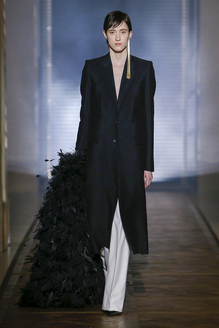 Givenchy Haute Couture весна-лето 2018 фото №13