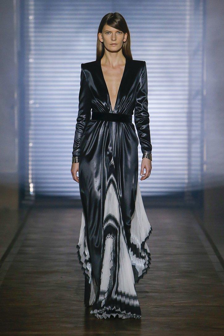 Givenchy Haute Couture весна-лето 2018 фото №38