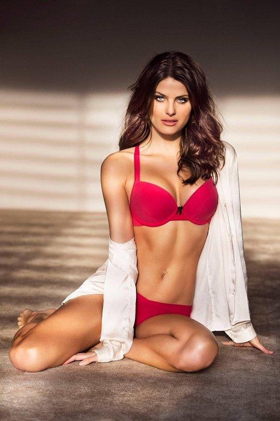Изабели Фонтана в рекламе нижнего белья Leonisa фото №4