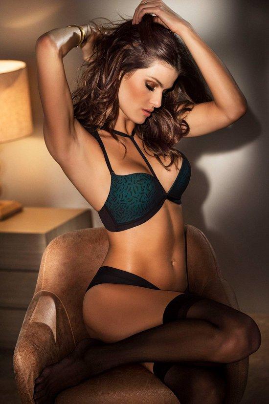 Изабели Фонтана в рекламе нижнего белья Leonisa фото №5