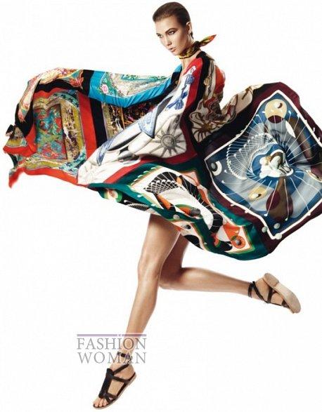 Карли Клосс в рекламной кампании платков Hermès фото №3