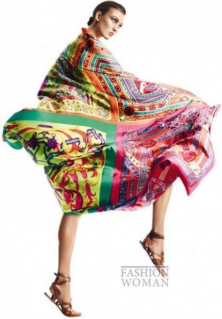 Карли Клосс в рекламной кампании платков Hermès фото №8