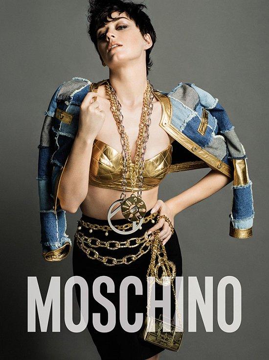Кэти Перри в рекламной кампании Moschino осень-зима 2015-2016 фото №1