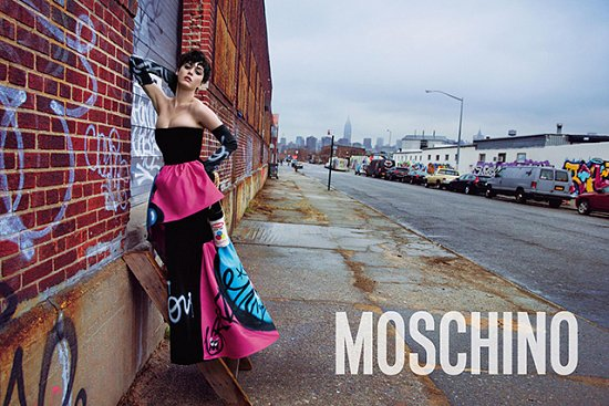 Фото Кэти Перри (Katy Perry) для рекламной кампании Moschino осень / зима 2015-2016