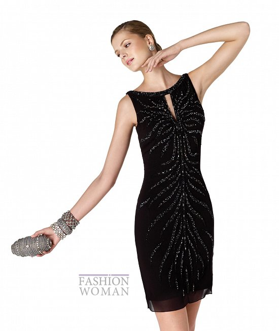 черное мини-платье