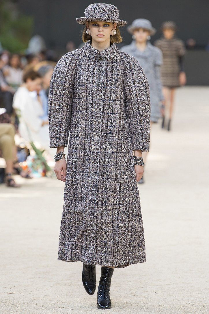Коллекция Chanel Haute Couture осень-зима 2017-2018 фото №17