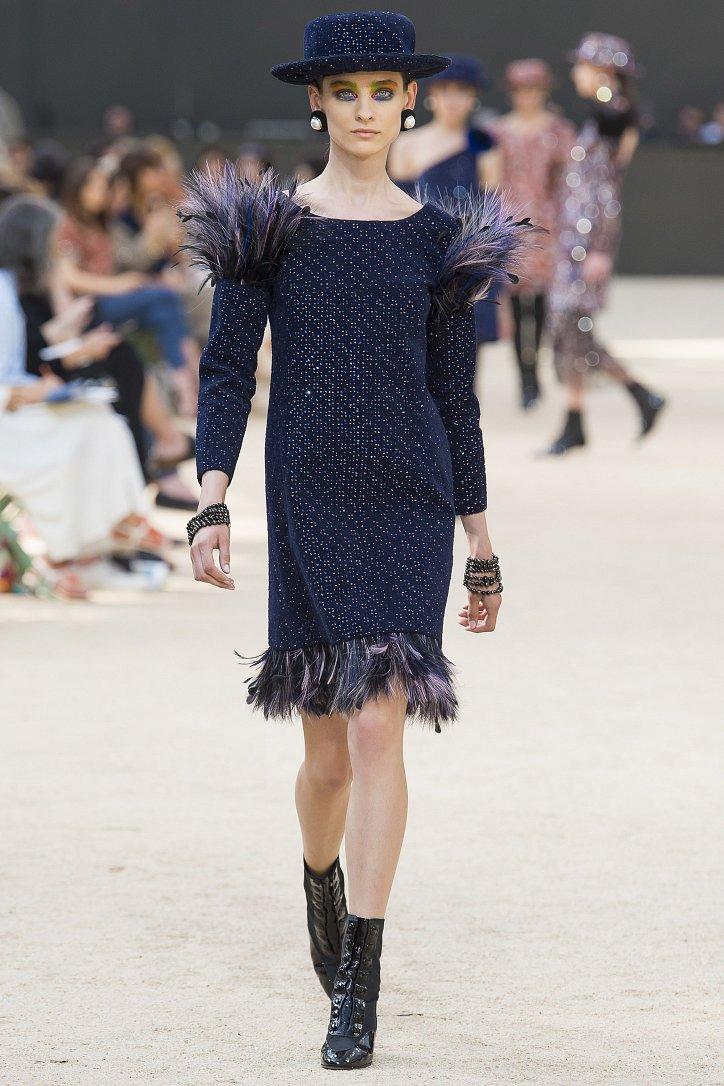Коллекция Chanel Haute Couture осень-зима 2017-2018 фото №31