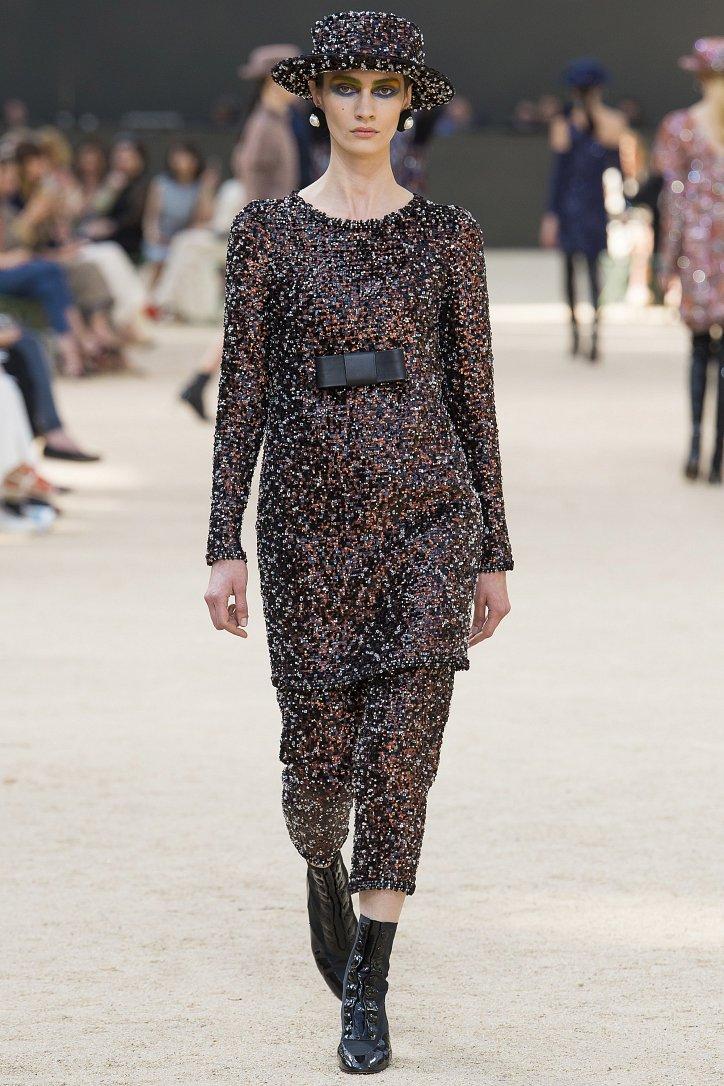 Коллекция Chanel Haute Couture осень-зима 2017-2018 фото №35