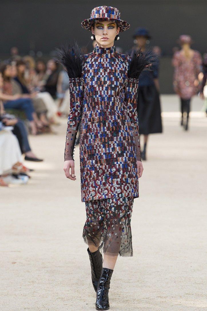 Коллекция Chanel Haute Couture осень-зима 2017-2018 фото №36