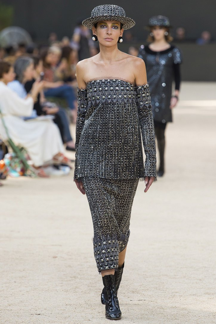 Коллекция Chanel Haute Couture осень-зима 2017-2018 фото №42