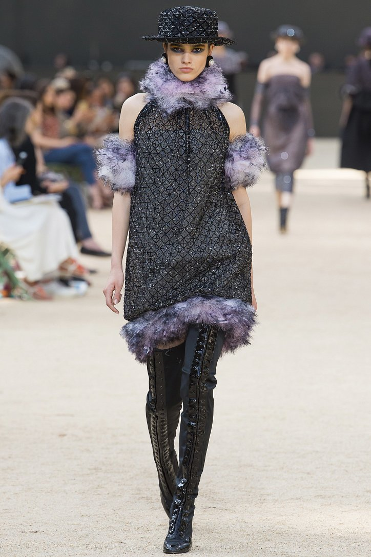 Коллекция Chanel Haute Couture осень-зима 2017-2018 фото №44