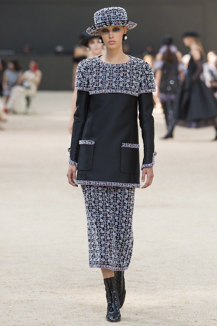 Коллекция Chanel Haute Couture осень-зима 2017-2018 фото №46