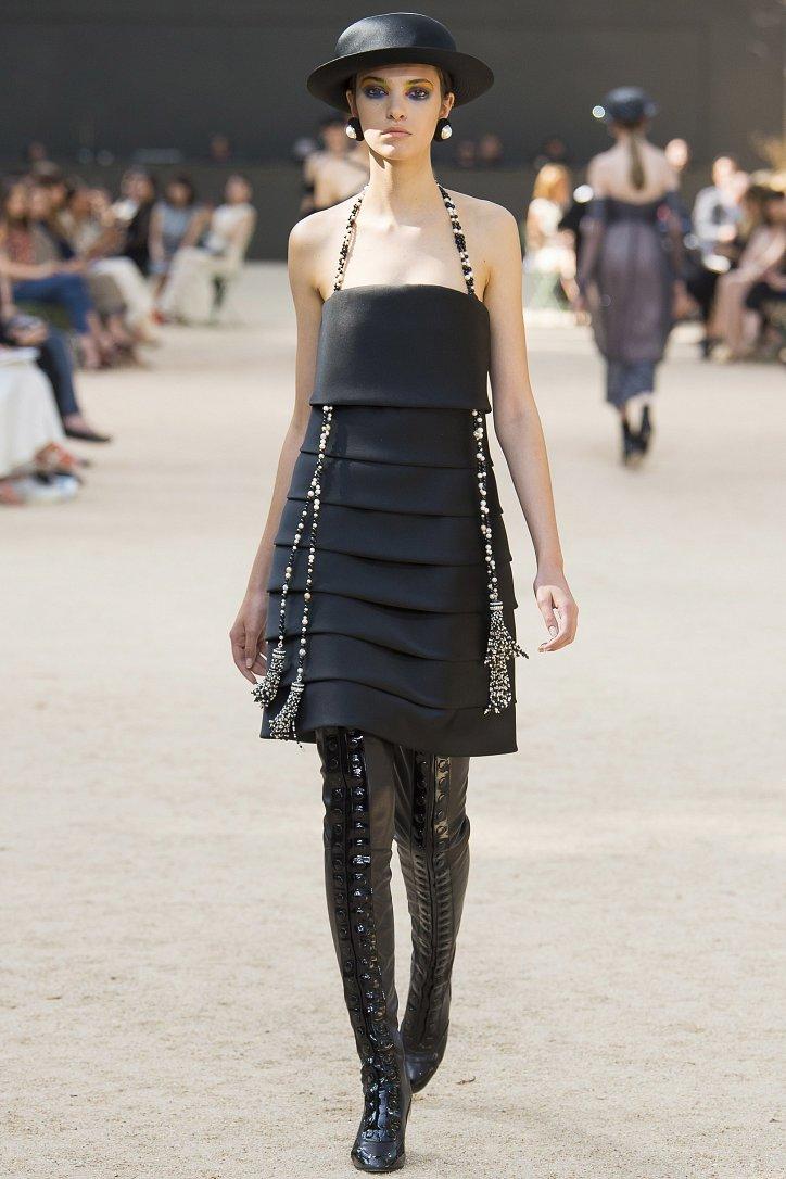 Коллекция Chanel Haute Couture осень-зима 2017-2018 фото №48