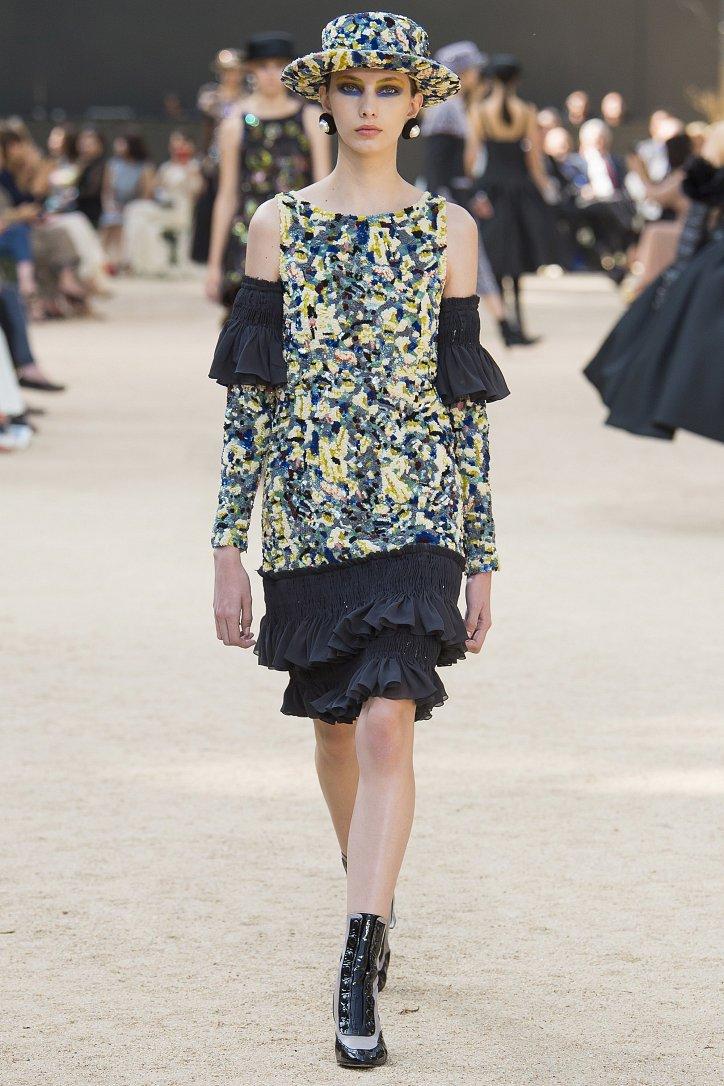 Коллекция Chanel Haute Couture осень-зима 2017-2018 фото №57