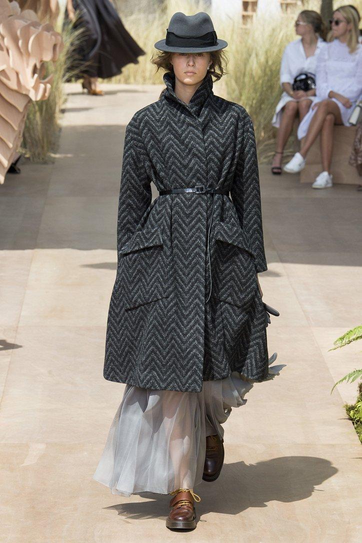 Коллекция Christian Dior Haute Couture осень-зима 2017-2018 фото №4