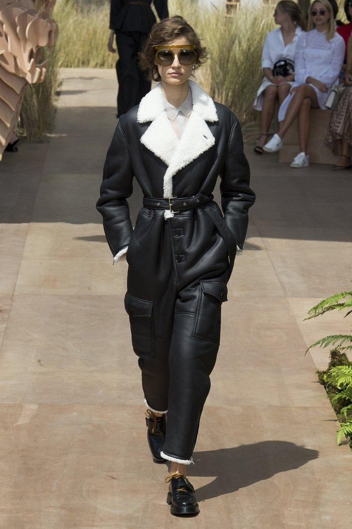 Коллекция Christian Dior Haute Couture осень-зима 2017-2018 фото №6