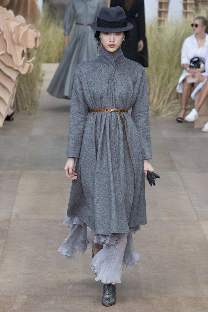 Коллекция Christian Dior Haute Couture осень-зима 2017-2018 фото №11