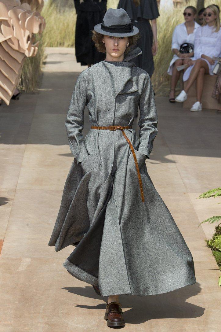 Коллекция Christian Dior Haute Couture осень-зима 2017-2018 фото №20