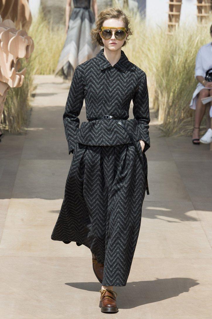 Коллекция Christian Dior Haute Couture осень-зима 2017-2018 фото №21