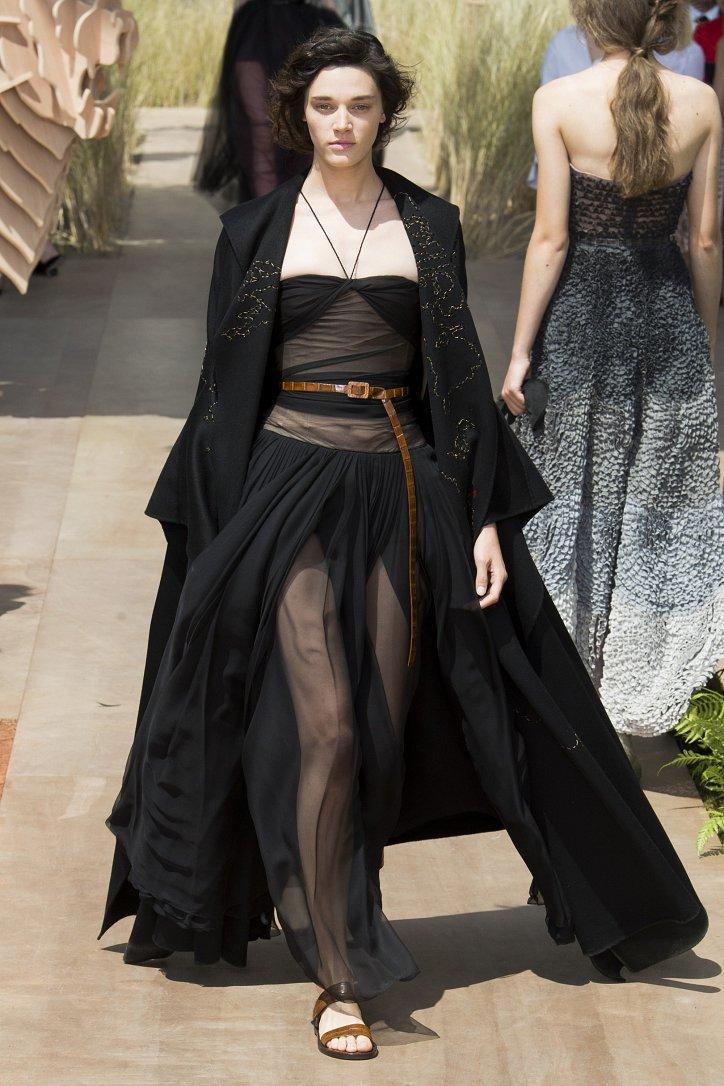Коллекция Christian Dior Haute Couture осень-зима 2017-2018 фото №25
