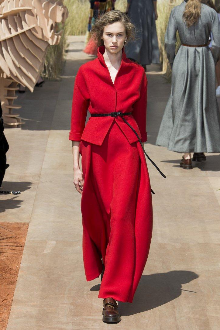 Коллекция Christian Dior Haute Couture осень-зима 2017-2018 фото №27