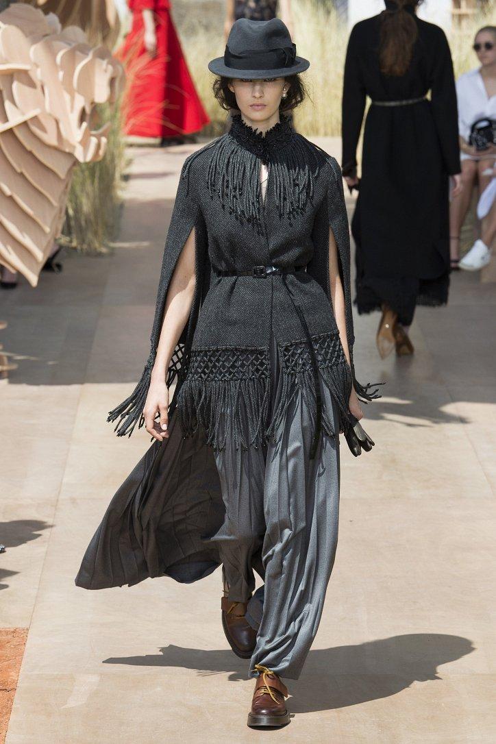 Коллекция Christian Dior Haute Couture осень-зима 2017-2018 фото №30